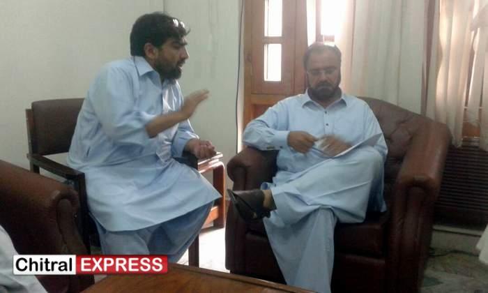 Photo of چترال 'گرفتار افراد کی رہائی کیلئے قانونی تقاضوں کو پورا کیا جائیگا' صوبائی وزیر قانون امتیاز شاہد قریشی کاپی ٹی آئی چترال کی وفدسے ملاقات